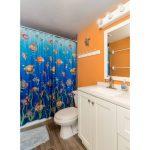 Seazatt View Condo bath