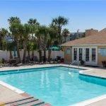 Galveston Weseazatt View Condo Overlooks Pool